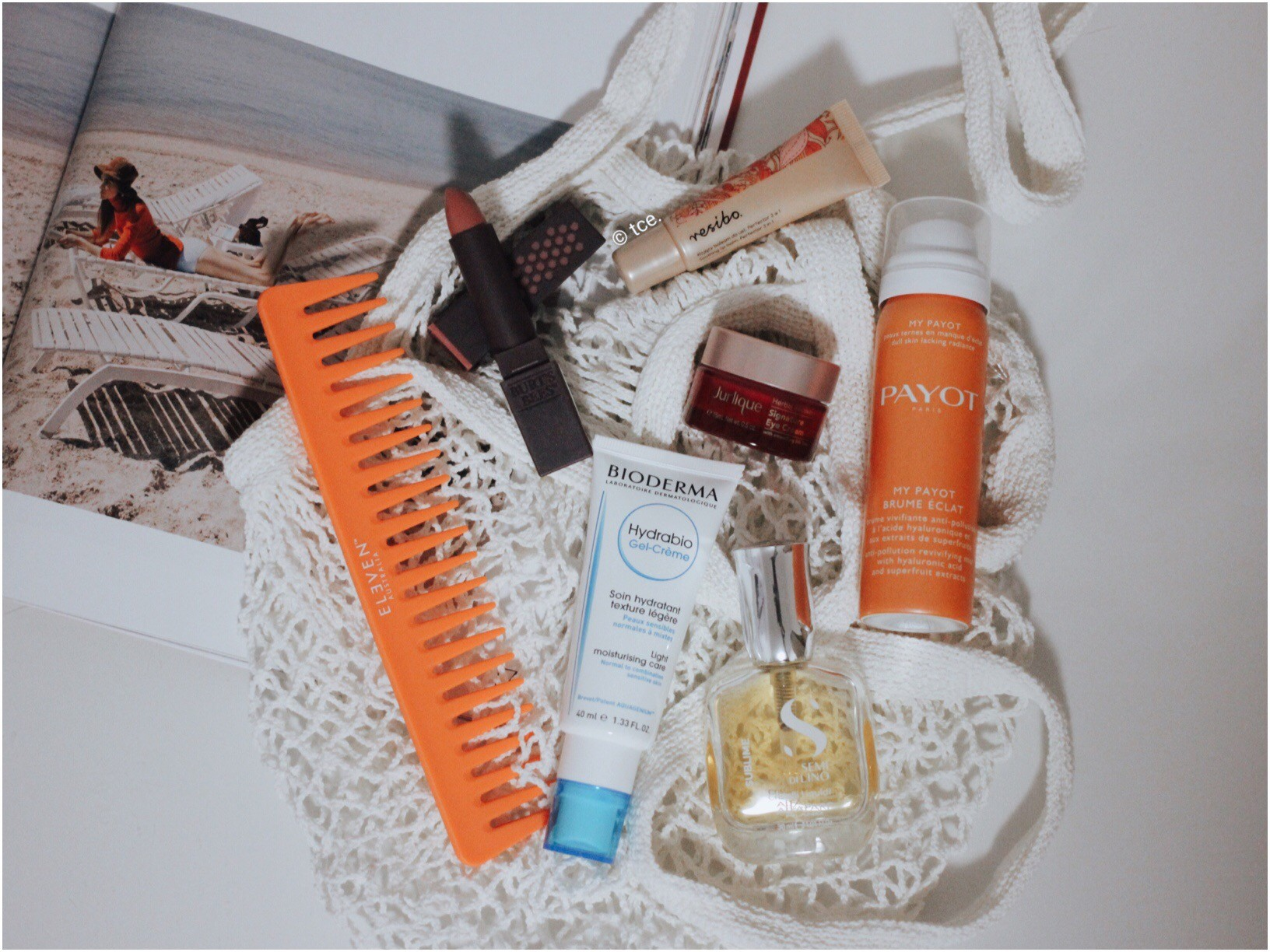 TRAVEL EDIT: What's In My Beauty Bag?